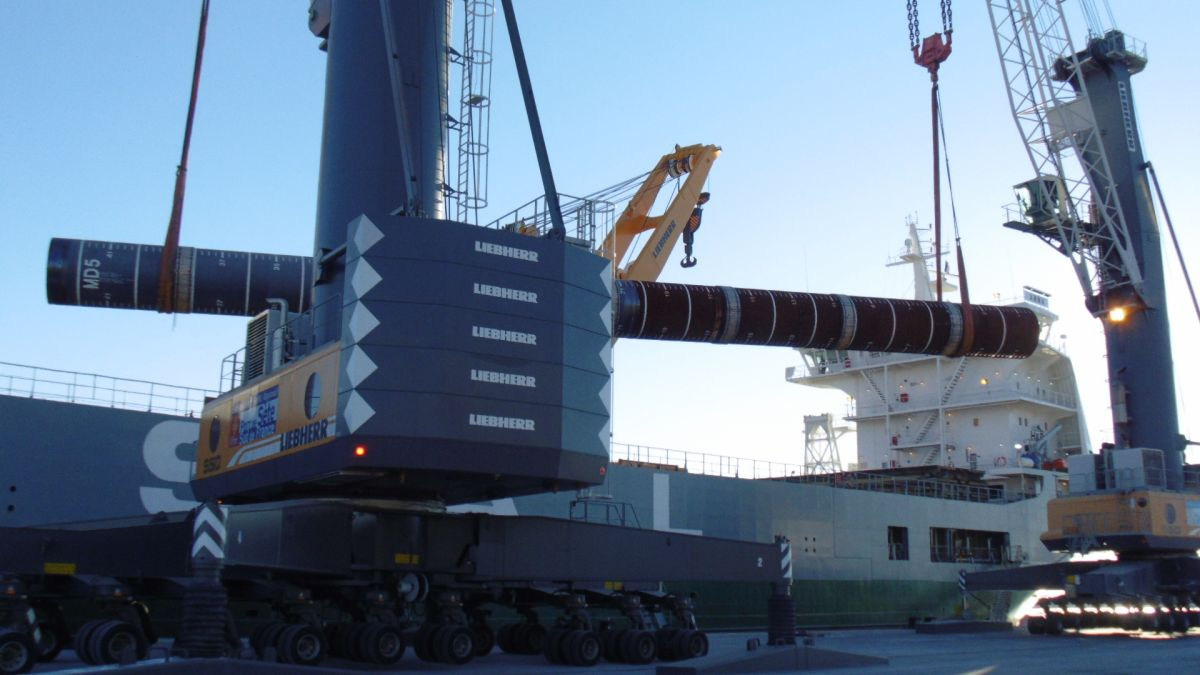 Heavy lift handling in Sète